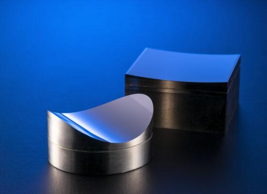 LiDAR用レンズ金型